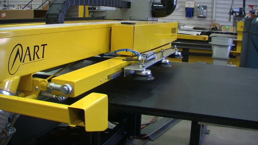 The ART automatic sheet loader allows automation of the production process straight from the pallet, which means there is no operator intervention when lifting from the material stack to the machine. No intervention means lean manufacturing and higher profits.